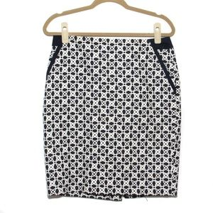 The Limited - Geometric print pencil skirt Size 8